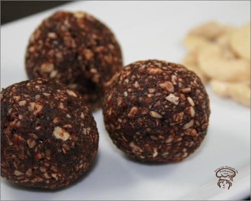 Bouchées à la noix de coco et cajous
