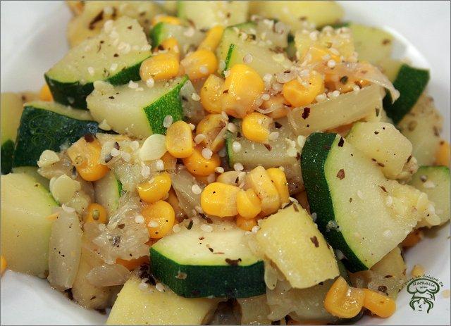 Sauté de courgette et maïs