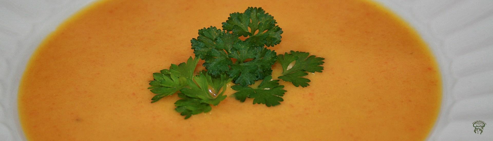 Potage de carottes au lait de coco et gingembre