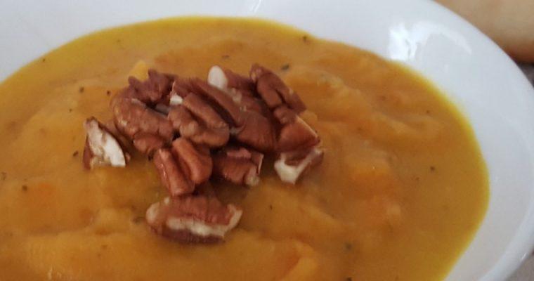Potage de patate douce et carottes