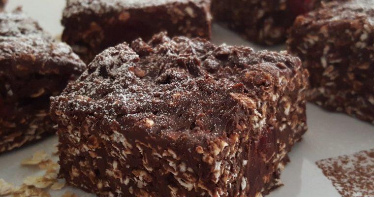 Carrés fondants au chocolat et aux cerises